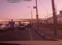 Вестерн на дорогах Щербинки (видео) (ненормативная лексика)